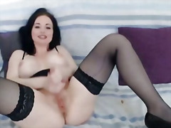 H2porn - Babe shows her big tit...