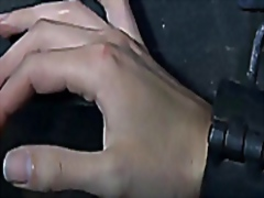 slave girl gets orgasm... from Vporn