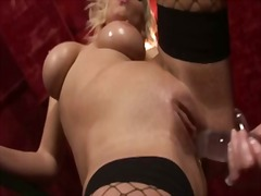 Wet shaved pussy fucke...