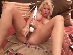 Blond cums on cam dild... from Private Home Clips