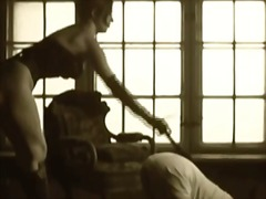 Kinky mistress playing wi...