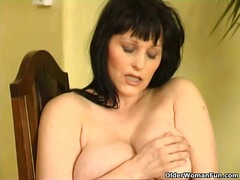 Xhamster - Curvy old housewife wi...