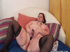 IcePorn - Chubby mature redhead ...