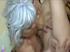 Mature licking pussy o...