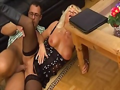 Xhamster - Mature with piercing i...