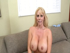 Orgasm inside mom's trap