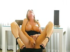 Amber.michaels.glass.t...