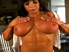 Muscle milf goddess ma... from Xhamster