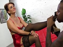 Interracial footjob : ...