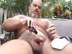 Hot bear guy solo outd...
