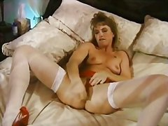 Hot kendra pleases her... from Redtube
