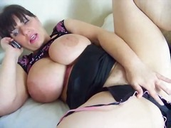 Bigtit mature masturbates from Tube8