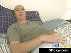 Sexy bold great muscle... from BoyFriendTV