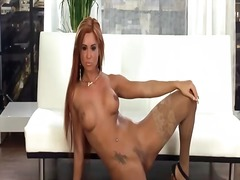 Glamour babe with long... from Sun Porno