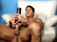 Jeremy walker plays wi... from BoyFriendTV
