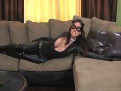 Catwoman jerk off enco... from PornHub