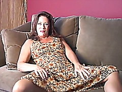 MILF Masturbate on Sofa from Vporn