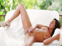 Sultry babe tiffany br...