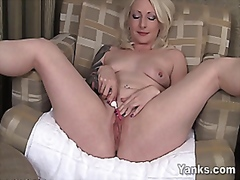 Solo experienced milf ...