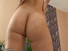 Brunette louise cant s...