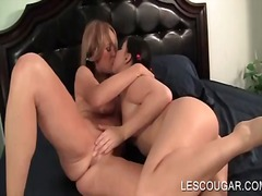 Lesbian mom and seduct... from IcePorn