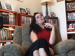 Smoking milf shows her... from Alpha Porno