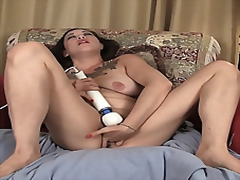 MILF Eden Pleases her ...