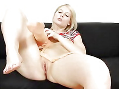 Ruth shows her foxy ho...