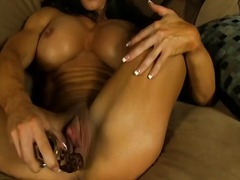 Sexy muscle control an...