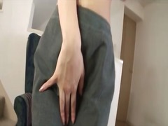 Alpha Porno - Babe in green satin pa...