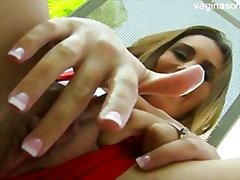 Young girl striptease from Redtube