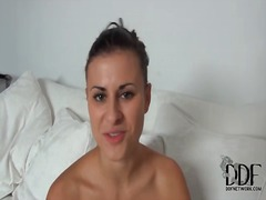 Porn girl billie star str...