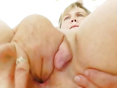 Cougar masturbation wi... from H2porn