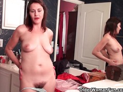 Soccer mom with hairy ... from Alpha Porno