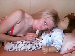 Mom make her doll to d... from Redtube