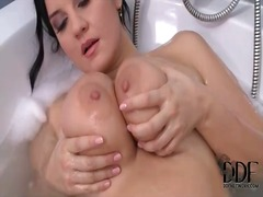 Chubby babe plays with... from Alpha Porno