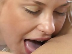 Honey babe casual sex