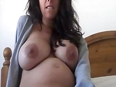 Kelly webcam pregnant ...