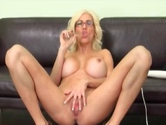 Milf puma swede in sol...
