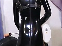 Hardcore girl in latex... from Redtube