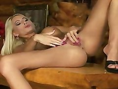 Adele solo from Redtube