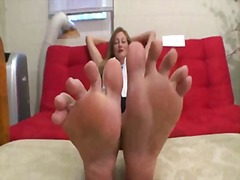Milf takes about feet