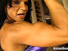 Sexy muscle babe rhond... from Vporn