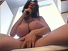 Big huge natural tits ... from Xhamster