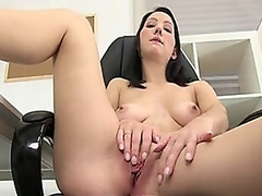 Shy amateur intense pu...