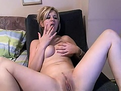 Blond livecam model ma... from Private Home Clips