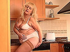 Solo granny 2 from Xhamster