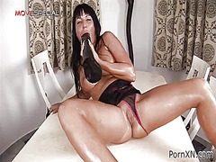 Masturbating slut enjo... from IcePorn