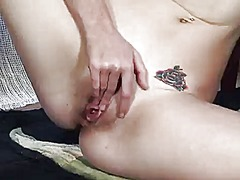 Elle alexandra shows i...