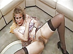 Mature 02 from Xhamster